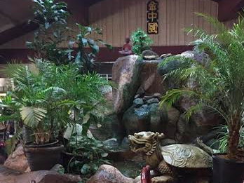 The waterfall feature of Golden China. Credit: Ema Dorsey/The Foothill Dragon Press