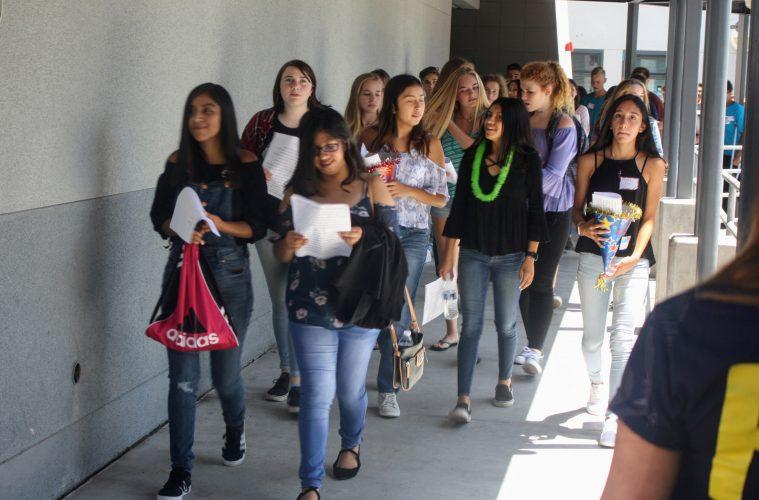 Freshmen walking the halls on orientation day. Credit: Abigail Massar / The Foothill Dragon Press