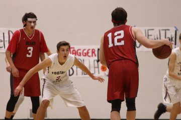 Colin Vallance '18 on defense. Credit: Jason Messner / The Foothill Dragon Press