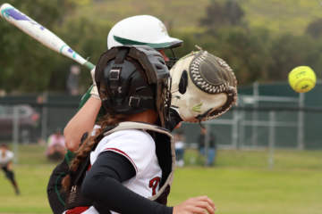 Catcher Taylor Wreesman '18 reacts quickly to catch the ball. Credit: Claire Renar / The Foothill Dragon Press