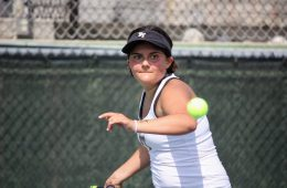 Erin Gaynor '19, mid forehand swing. Credit: Gabrialla Cockerell / The Foothill Dragon Press