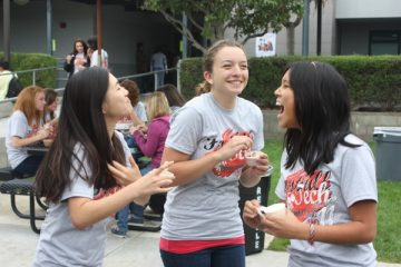 Seniors enjoy free ice cream provided at Senior Pride Day. Trent Ruiz and Karen Fox/The Foothill Dragon Press.