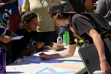 Students sign up to join Kiwins at Club Rush on Tuesday. Credit: Josh Ren/The Foothill Dragon Press