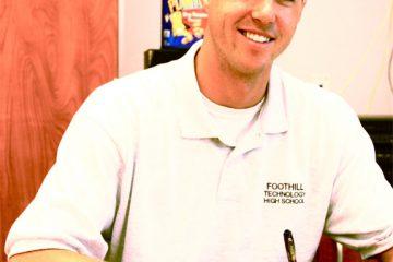 New teacher Kurt Miller brings humor to the classroom. Credit: Lauren Pedersen/The Foothill Dragon Press