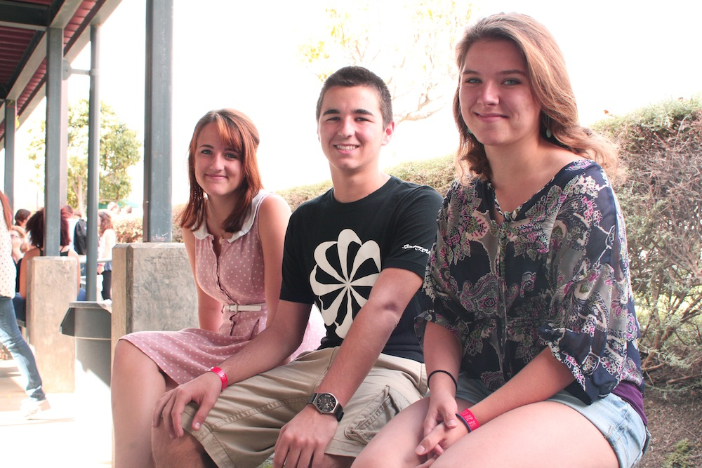 Left to right: Juniors Ami Ballmer, Carson Graves and Angela King have strong political opinions this election. Credit: Aysen Tan/The Foothill Dragon Press