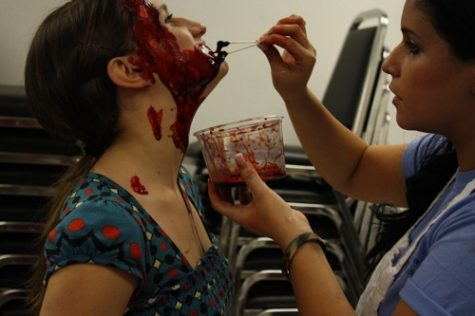 Foothill students participated in a staged car crash and the aftermath of drunk driving Dec. 7. Photos: The Foothill Dragon Press.