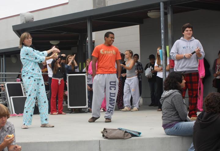 Costumes display Foothill's school spirit (11 photos)