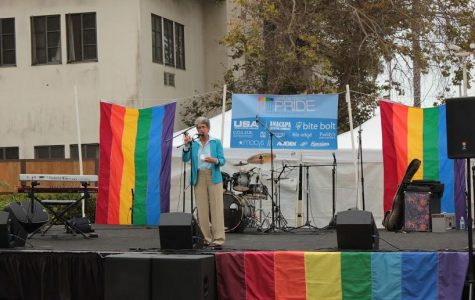 Ventura Pride event brings together gay community, Foothill students (32 photos)