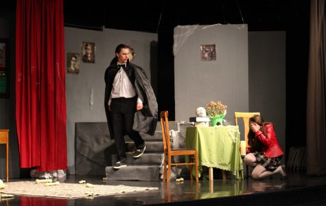 Zombie play a comeback for drama department (15 photos, video)