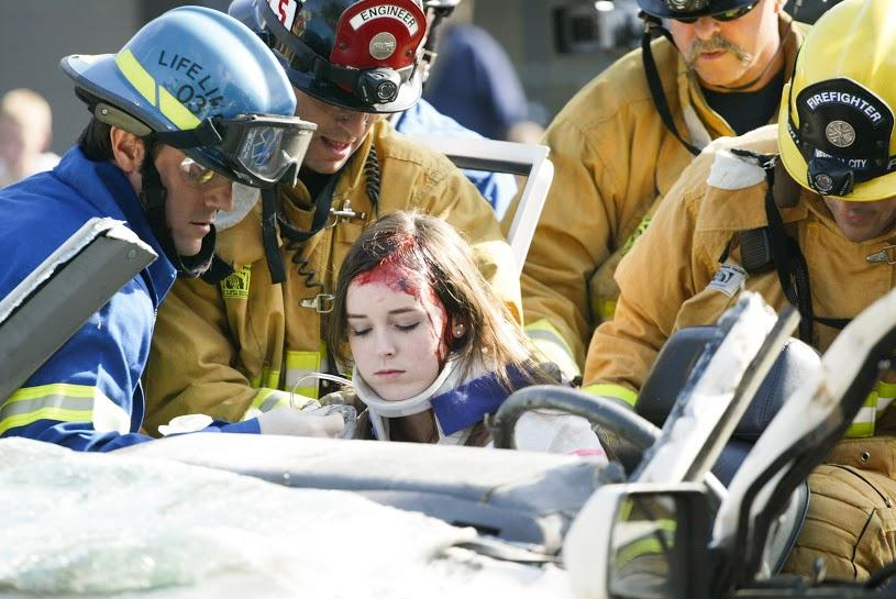 Dead students, crash simulation affect students and raise awareness on drunk driving dangers (94 photos)