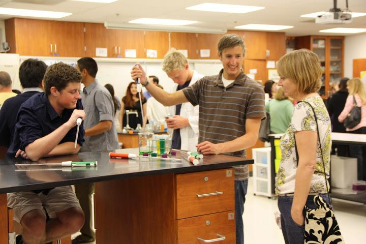 Bioscience+Academys+FAD+Night+informs+freshmen%2C+celebrates+seniors+%2836+photos%29