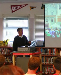 Author Andrew Smith spoke about writing and reading. Credit: Megan Kearney/The Foothill Dragon Press