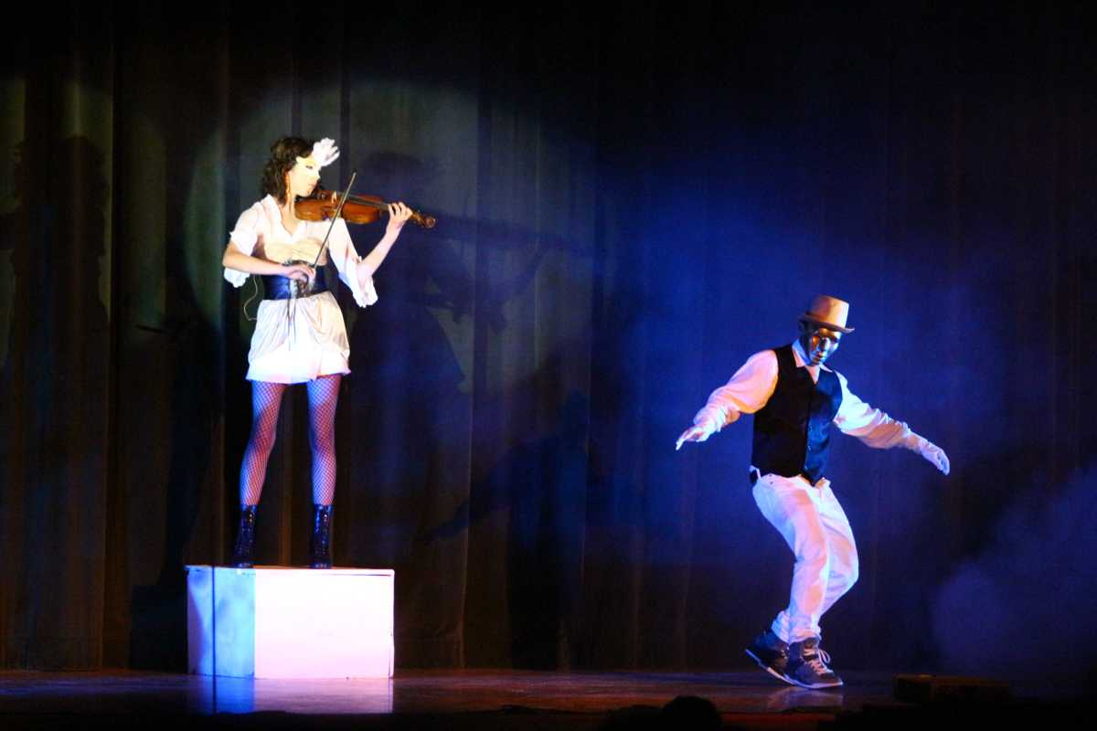Students preform in festival of talent