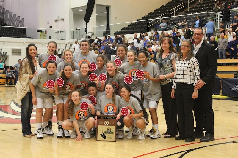 The VHS Varsity Girls Basketball team defeated Camarillo to win the CIF championship. Credit: Annlouise McCambridge. Used with permission.