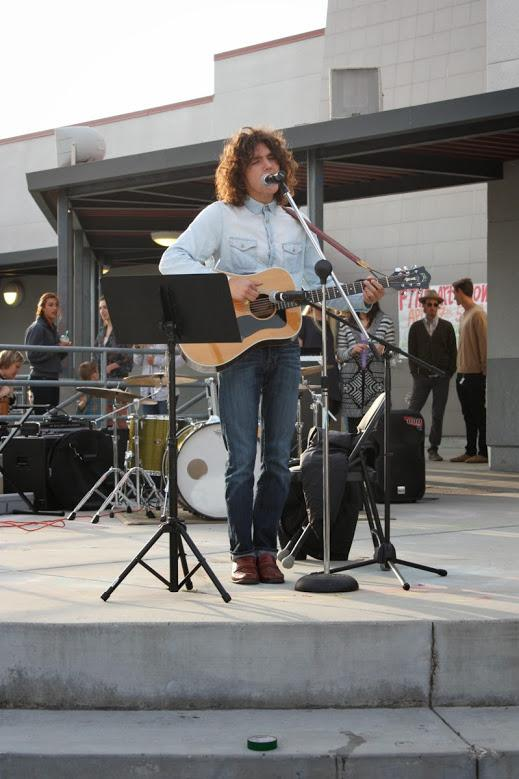 Junior Wyatt Kufta-Kuntz preformed at this year's Foothill Art Show. Credit: Maddy Schmitt/The Foothill Dragon Press