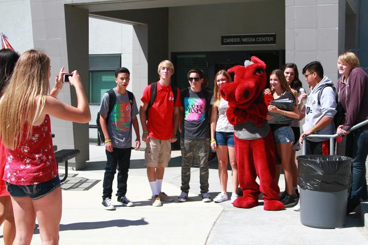 Credit: Chloey Settles/The Foothill Dragon Press