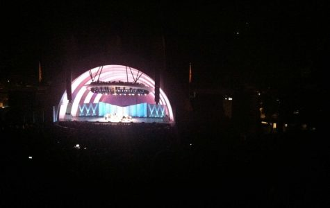 "Neutral Milk Hotel delivers ""neutral"" show at Hollywood Bowl"