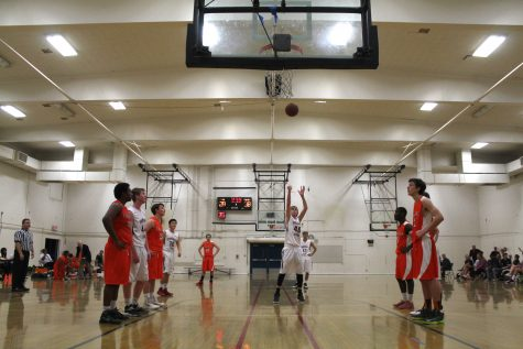 Student intramural basketball team beats staff 9-6 (40 photos, video)
