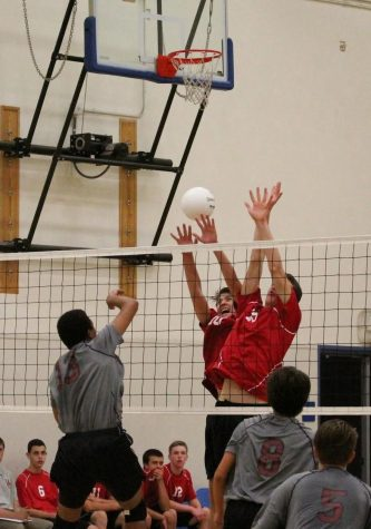 Boys' volleyball faces graceful defeat at first home game