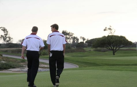 Seniors Trevor O'Keefe (left) and Scott Hamlet (right) helped lead the varstiy boys' golf team to victory on Thursday. Credit: Carrie Coonan/The Foothill Dragon Press