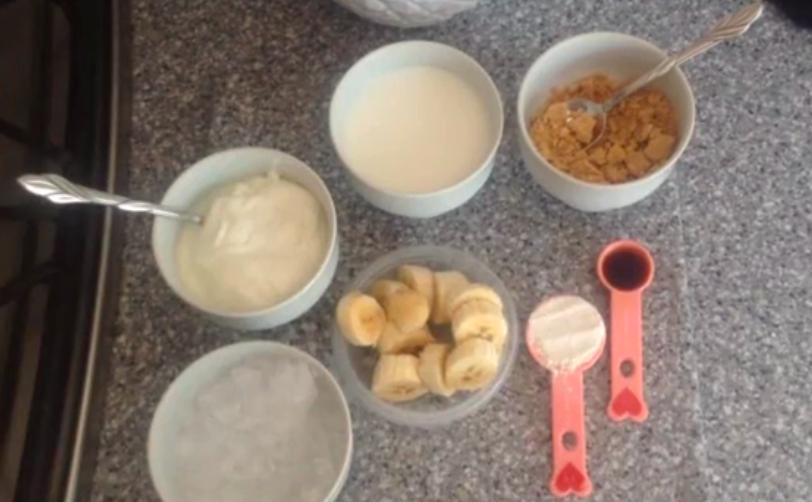Recipe: Golden banana cream smoothie