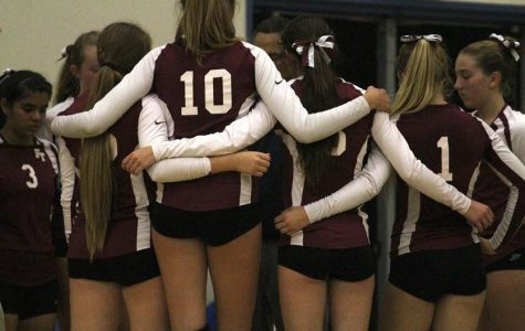 Girls' volleyball defeated 1-3 in first home game