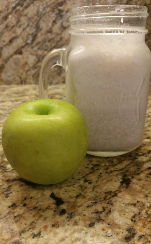 """Apple Pie in a Cup"" smoothie. Credit: Brooklyne Shepherd/The Foothill Dragon Press"