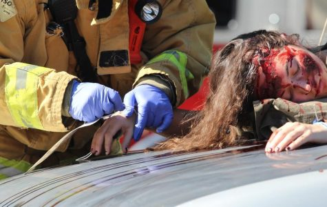 "E15M Day One: Car crash, ""dead"" students vividly paint dangers of drunk driving"