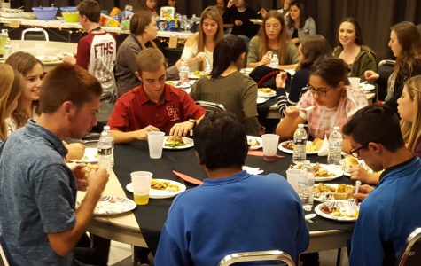Seniors revel in festivities at annual Thanksgiving Potluck