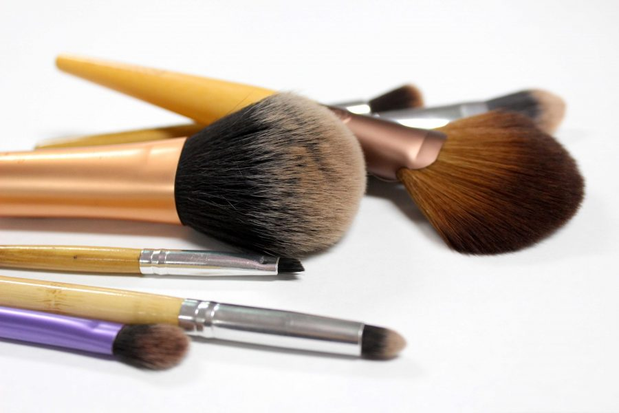 Makeup Guide: Brushes for flawless blending