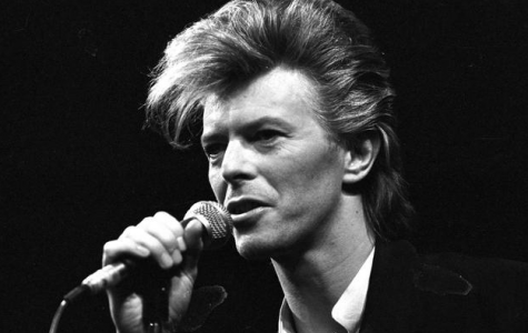 "David Bowie says his final farewell with ""Blackstar"""