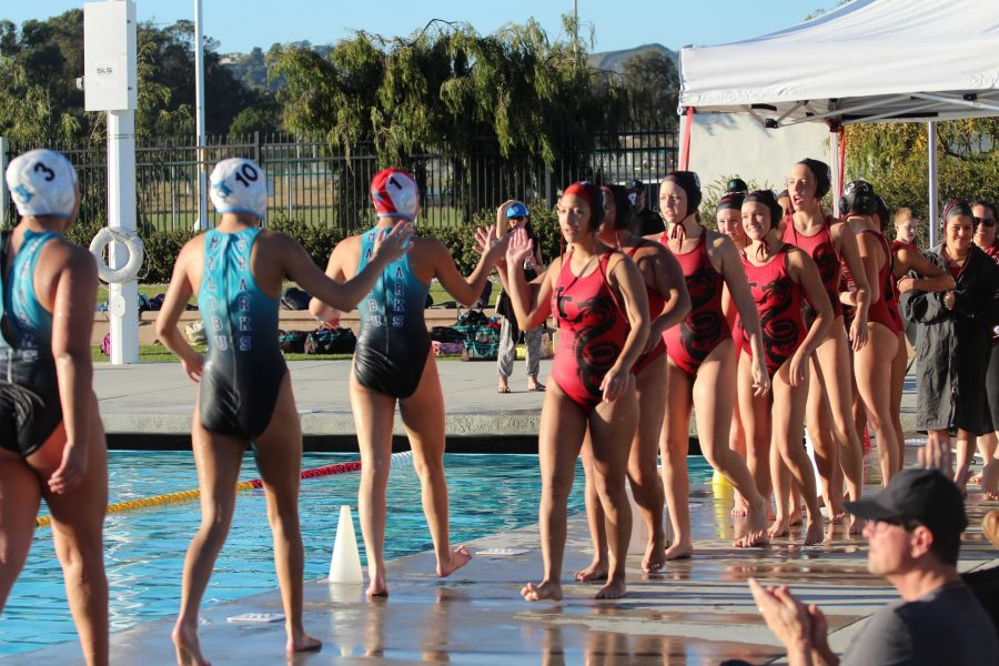 Girls%27+water+polo+defeats+Malibu+8-6+at+intense+final+home+game
