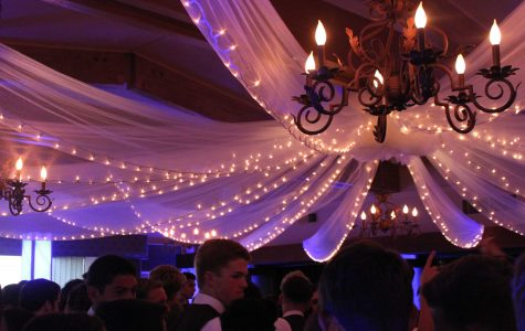Foothill prom: A night of dining and dancing (30 photos)