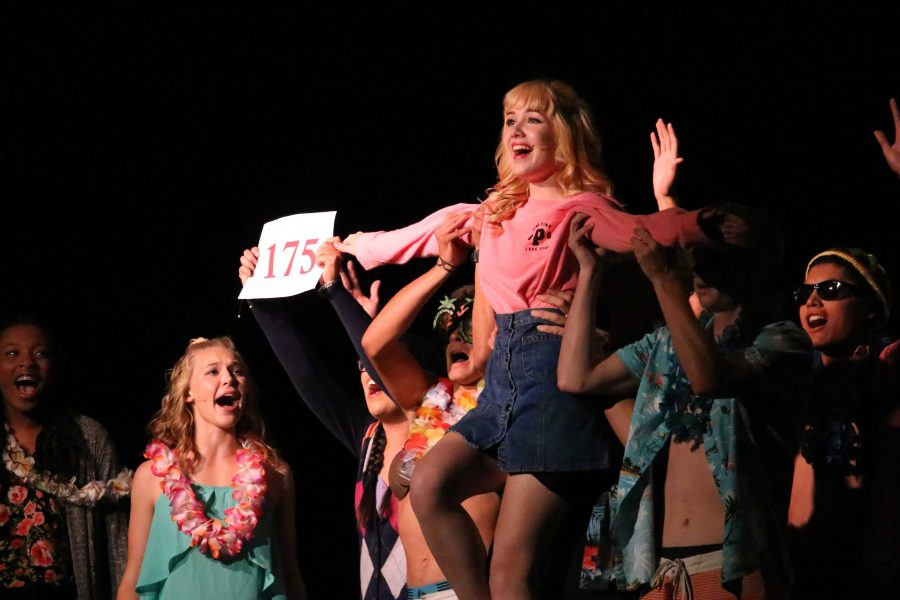 """Buena's Drama Department entertains with """"Legally Blonde Jr."""""""