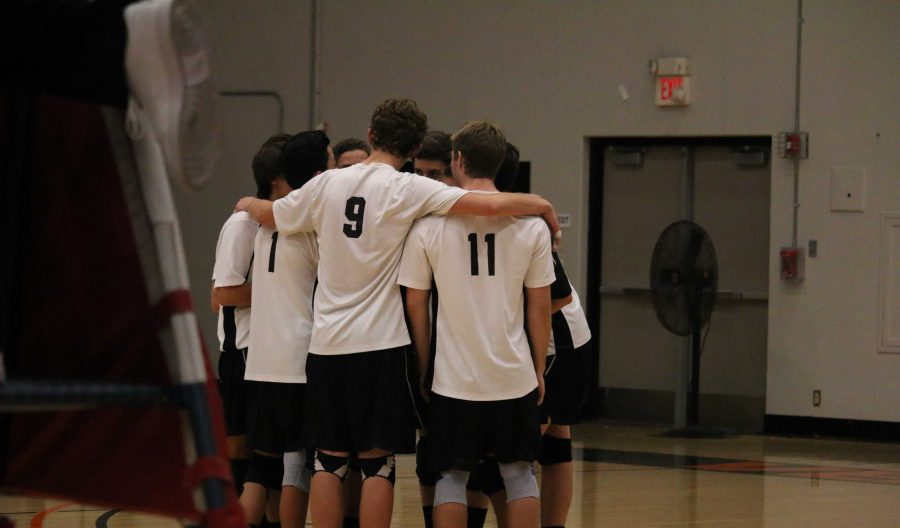 Boys' volleyball falls to Mission Prep in