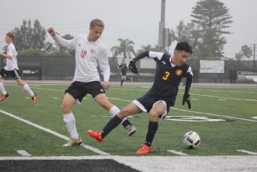 Boys soccer suffers 3-0 loss to Santa Clara in last home game
