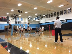 "Girls' volleyball takes down Seraphs in exciting ""rivalry"" matchup"