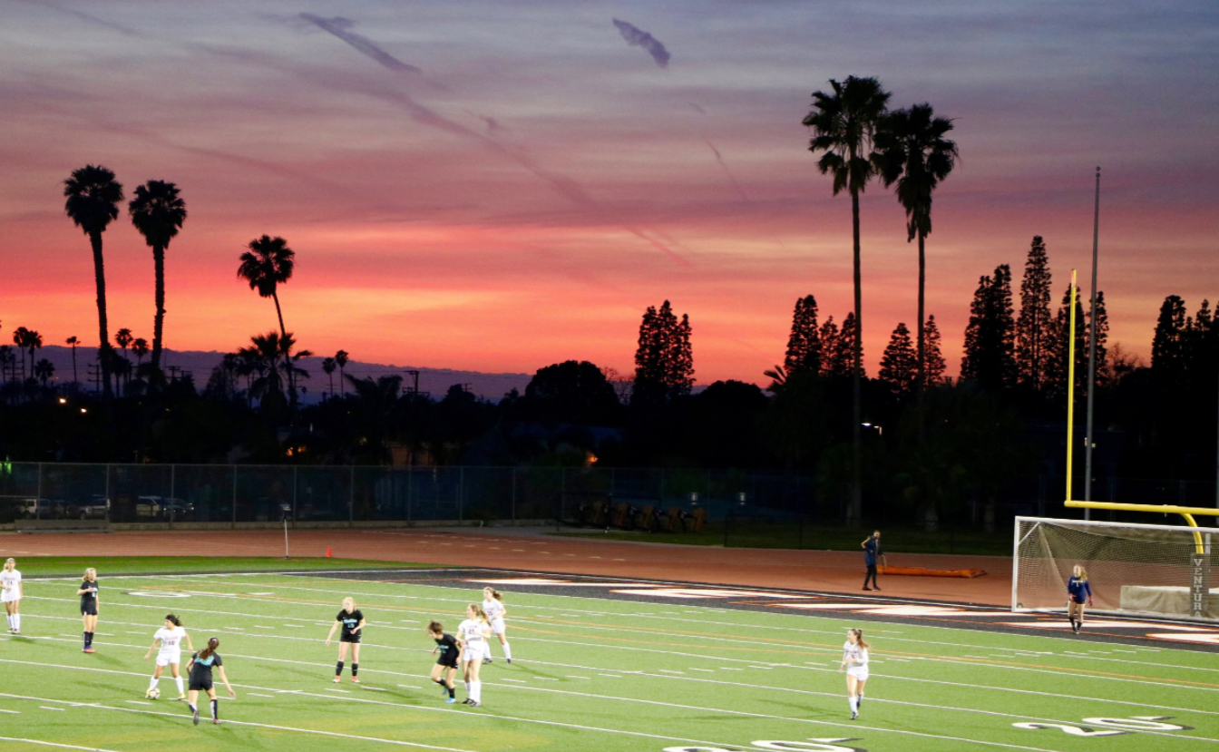 Girls' soccer dominates Malibu 6-0 with strong second half