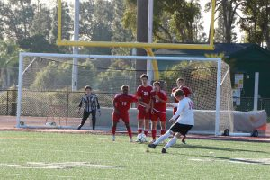 Wrap-Up: Boys' soccer defeats the Grace Brethren Lancers
