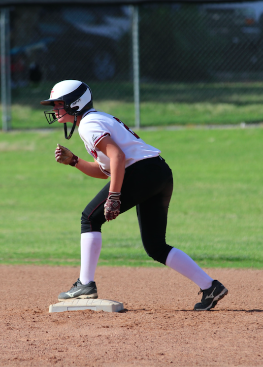 Jamie Dietz '19 stands at the ready on second base. Credit: Olivia Sanford / The Foothill Dragon Press
