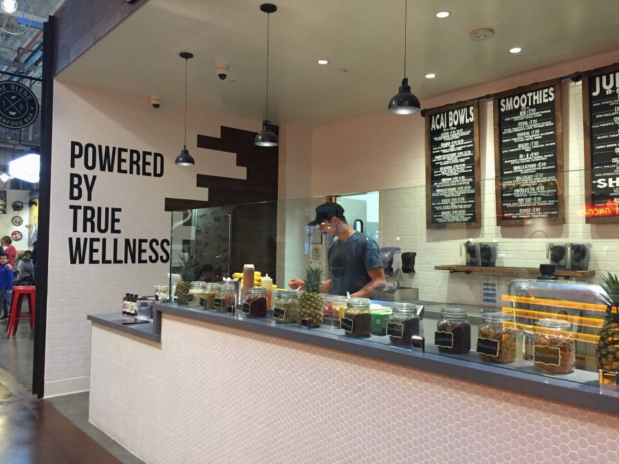 The+front+counter+at+The+Blend+Superfood+Bar.+Credit%3A+Sophia+Parker+%2F+The+Foothill+Dragon+Press
