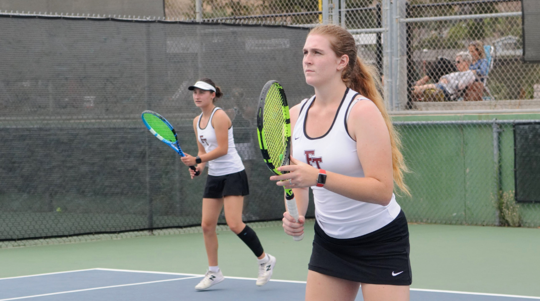 Girls' Tennis starts fresh this season, defeats Bonnie 16-2