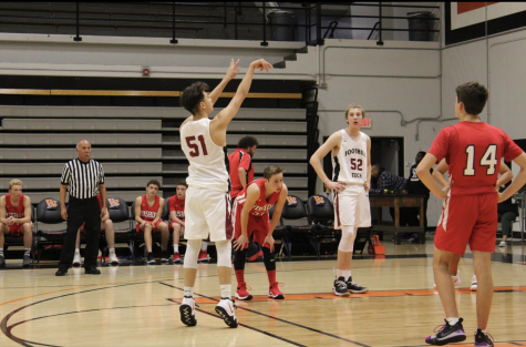 Wrap-Up: Boys' basketball defeated by Grace Brethren 36-66