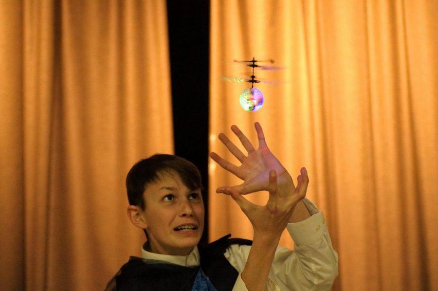Winner+Toby+Pflaumer+%E2%80%9821+with+his+%27bad%27+magic+tricks.
