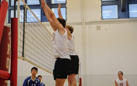 Boys' volleyball edges over Cate on Senior Night