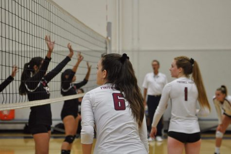 Setting High Standards For the New Season, Girls' Volleyball Brings Home A Strong Win