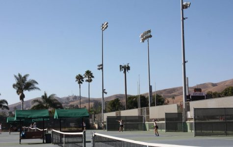 Girls' tennis encounters tragic loss against Dos Pueblos in first round of CIF