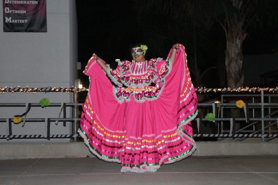 Jessica Lopez '20 performs for Dia de Los Muertos