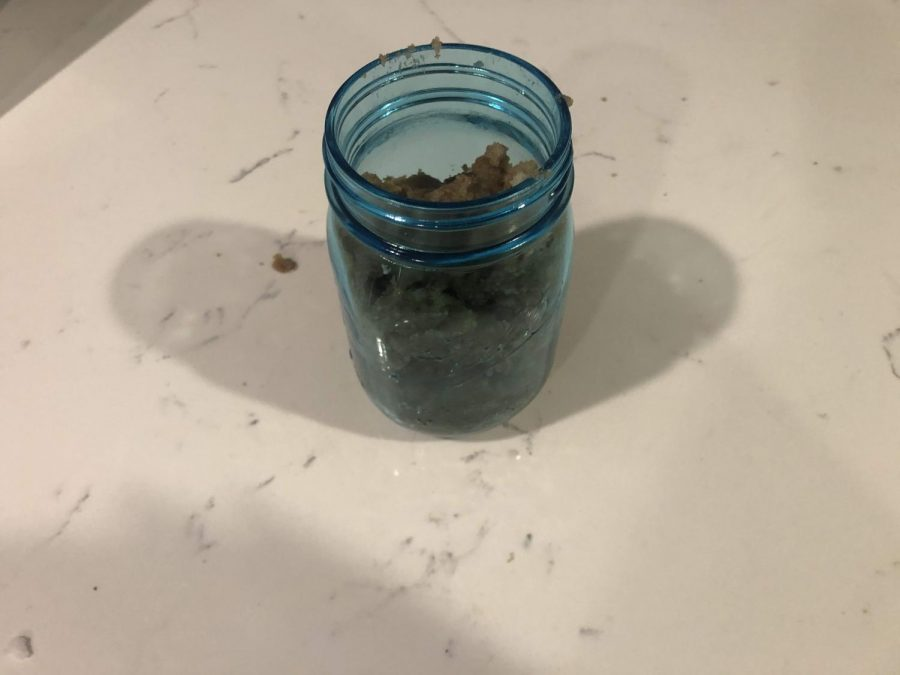 Place mixture in a mason jar and seal tight