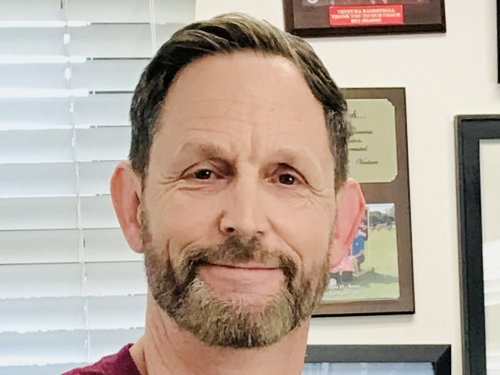 Joe Bova has served as Principal at Foothill for 18 years and will now be accepting a new position in Ventura Unified School District.